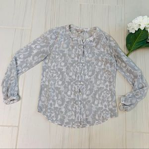 Banana Republic Gray Floral Print Full Sleeve Top